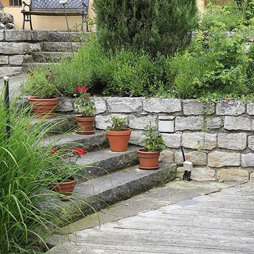 14 Ideen für Naturstein im Garten
