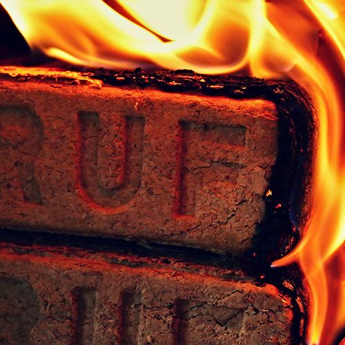 RUF Briketts Verbrennung