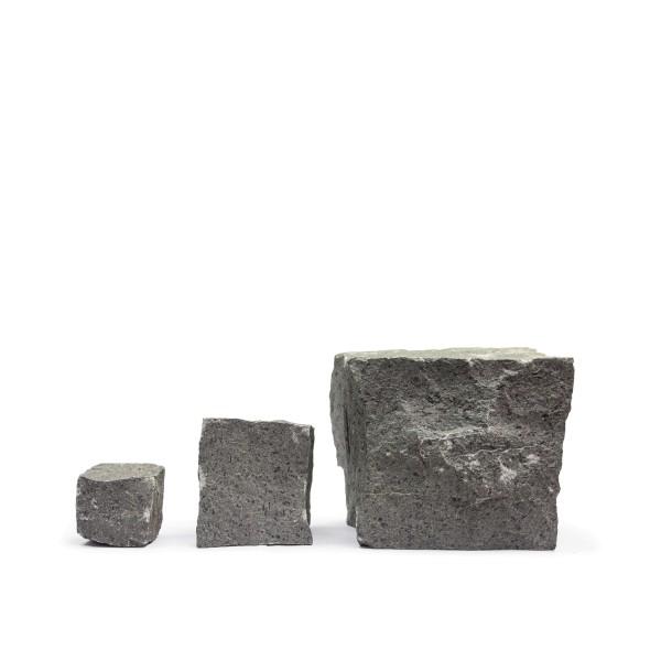 Pflastersteine Basalt Größenvergleich